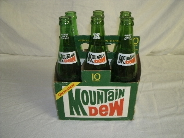 Vintage Mountain Dew 6-pack of Bottles